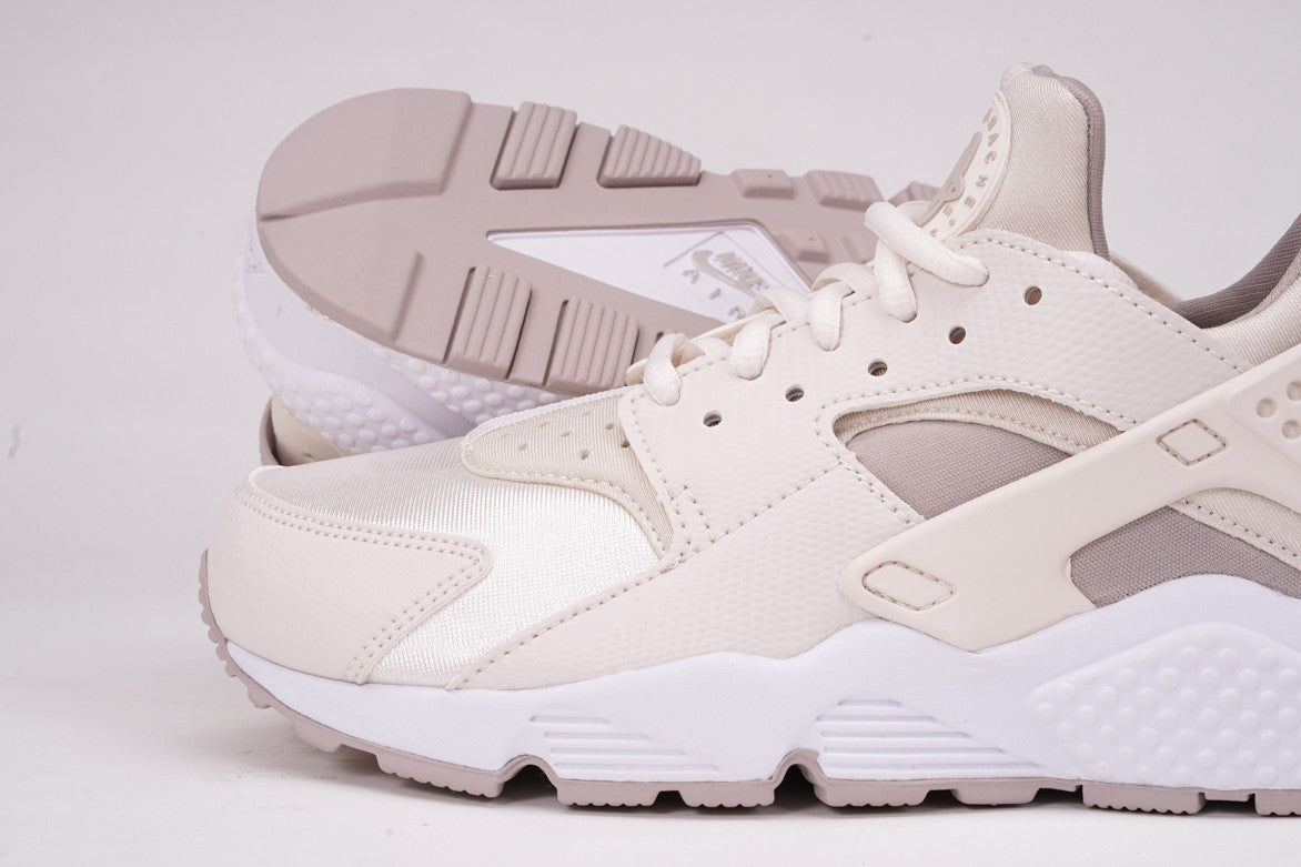 AIR HUARACHE RUN (WMNS) - PHANTOM