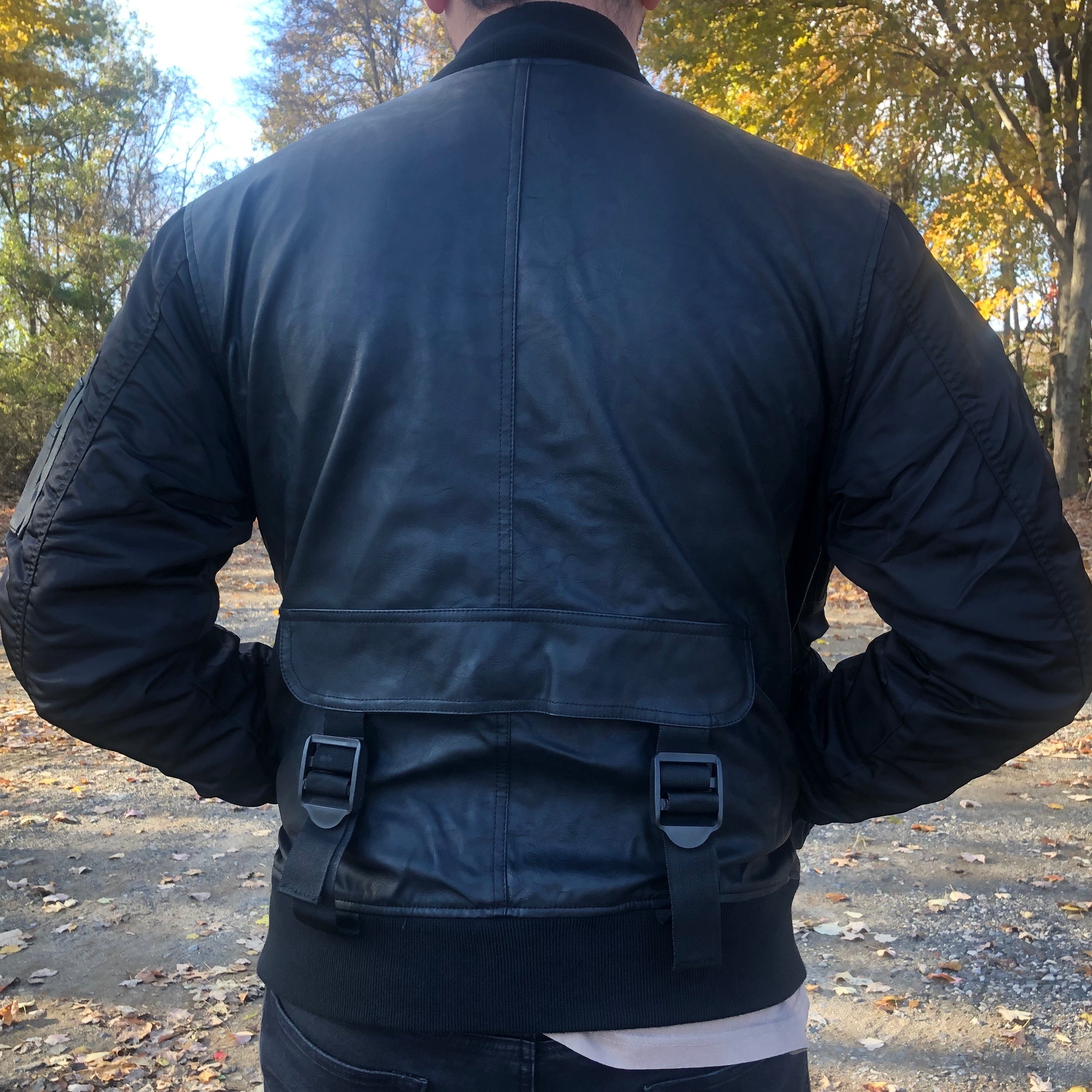 POCKET BOMBER LEATHER JACKET - BLACK