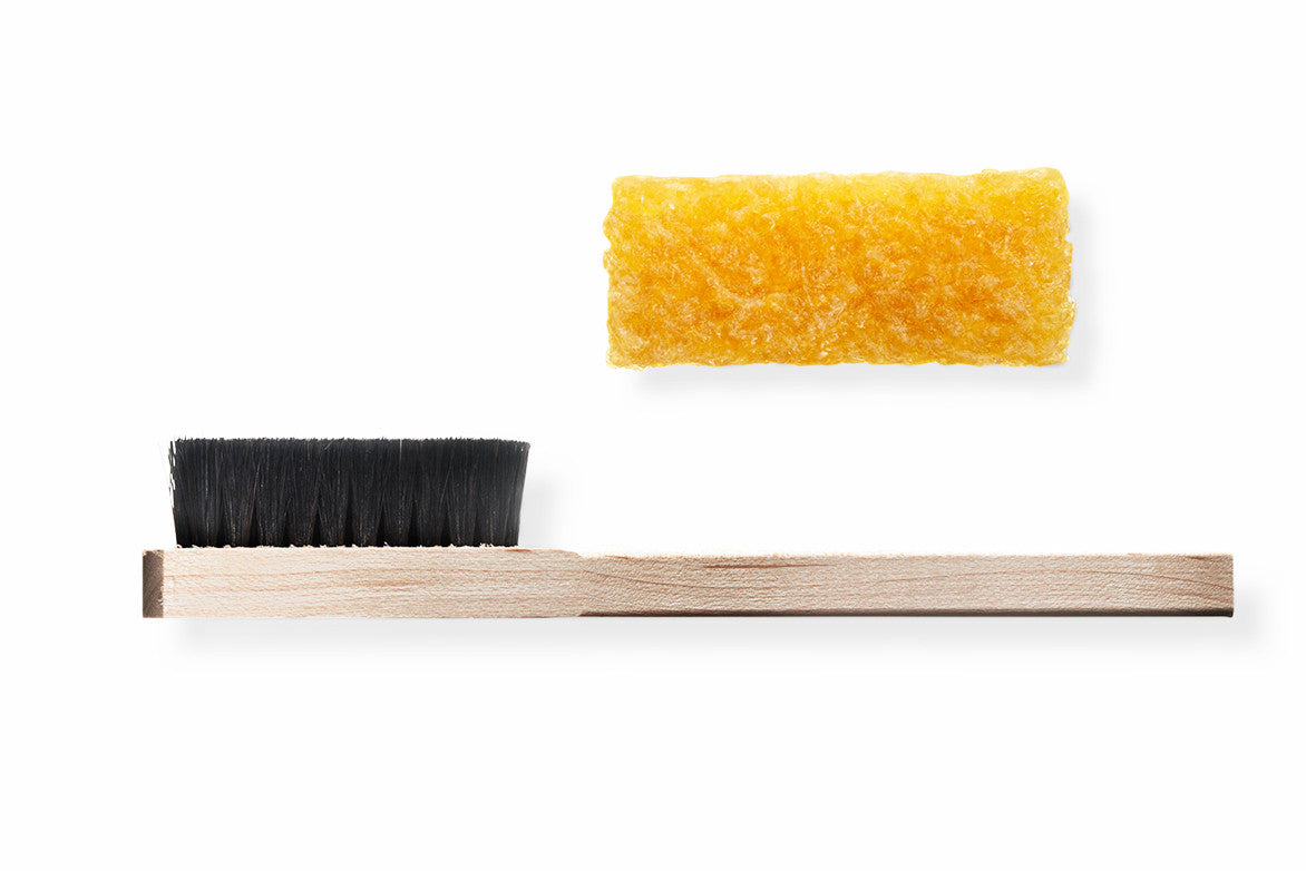 SUEDE CLEANING KIT