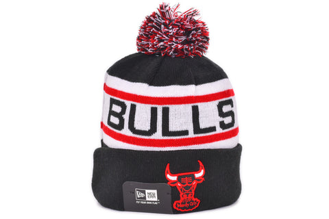 BIGGEST FAN KNIT - BULLS