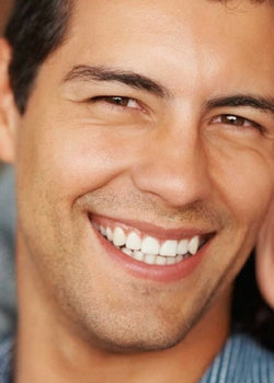 The Ultimate Guide to Whitening Teeth Safely