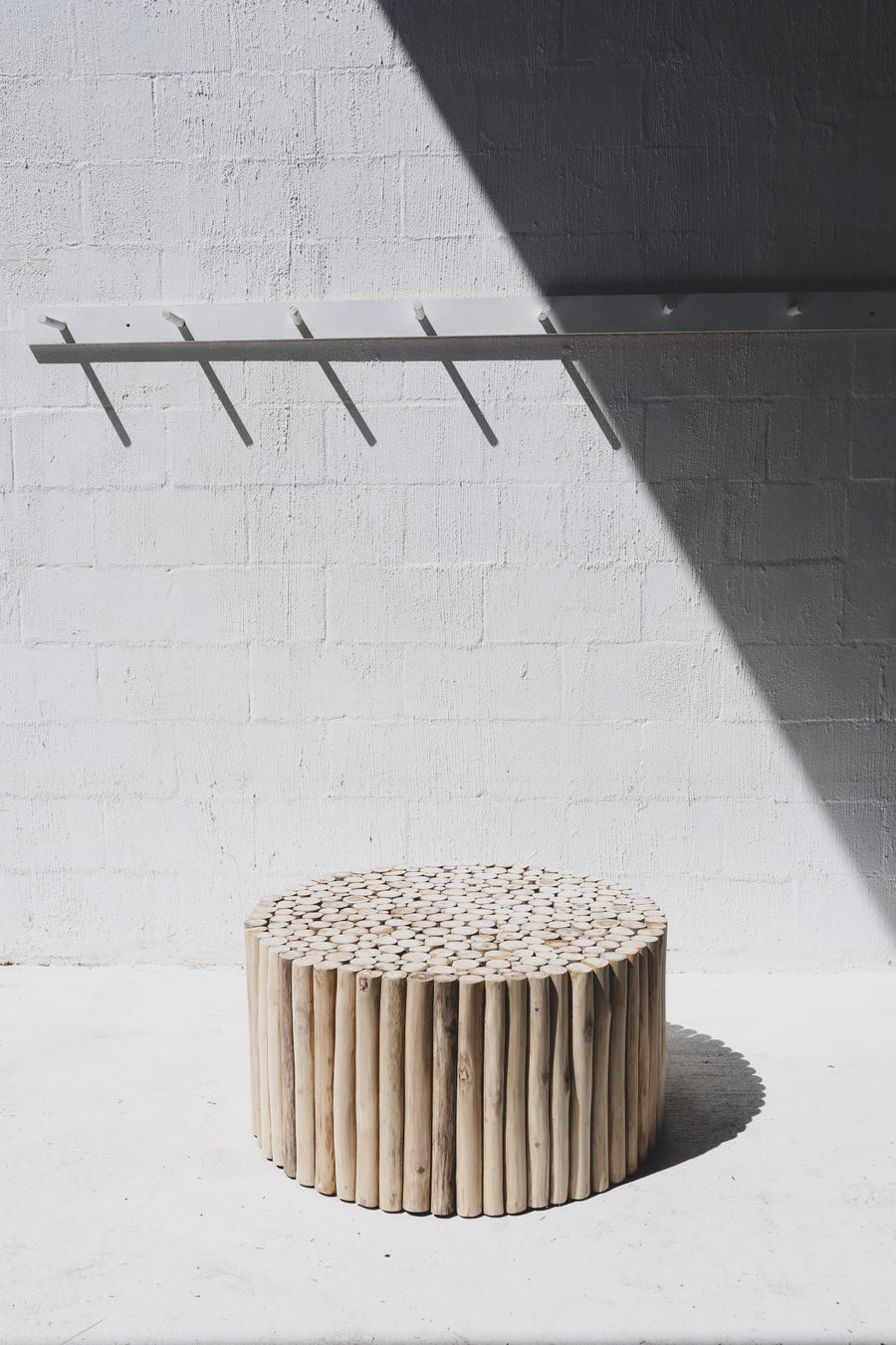Teak Pole Coffee Table Circular(preorder end March)