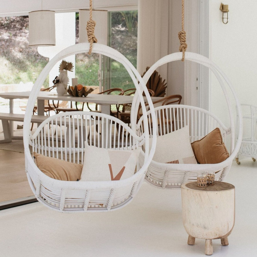 Picture of: Hemmingway Hanging Chair Black In Stock Nat And White January Byron Bay Hanging Chairs