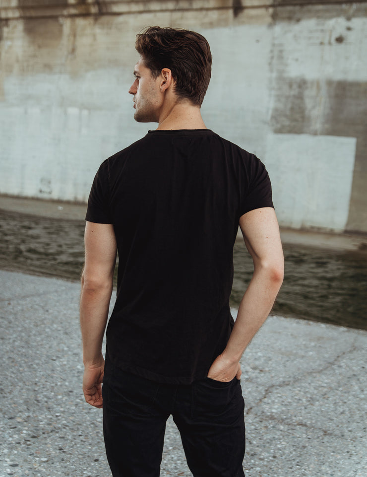 Roll Cut Black Tee