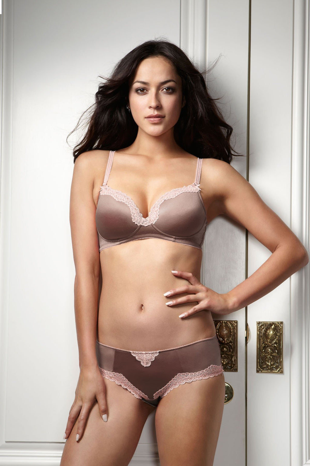 Hotmilk Lingerie Valerie non nursing bra and french knicker