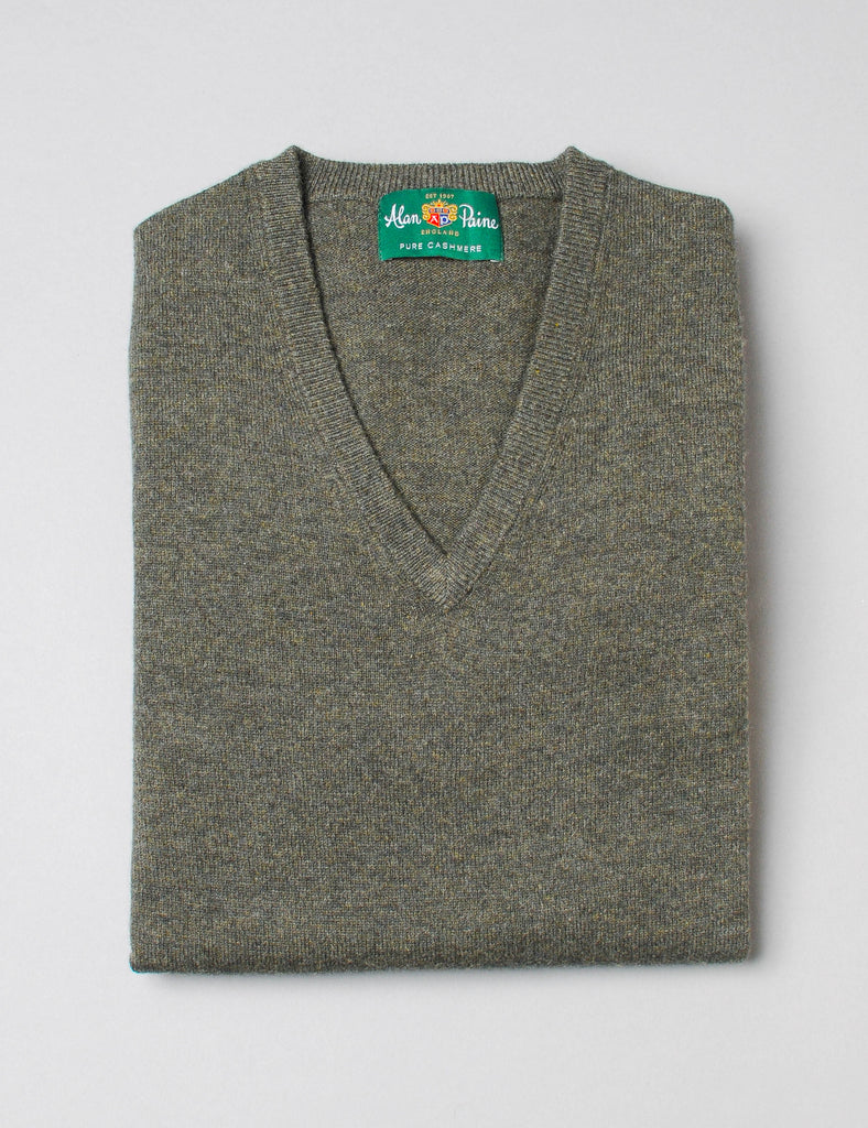 Alan Paine Rosemary Cashmere V-Neck Sweater