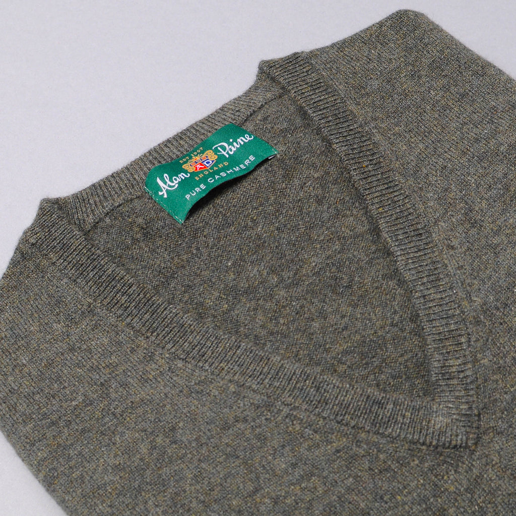 Alan Paine Cashmere V-Neck Sweater - Rosemary