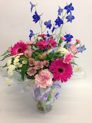 Special offer pinks & (Free vase)