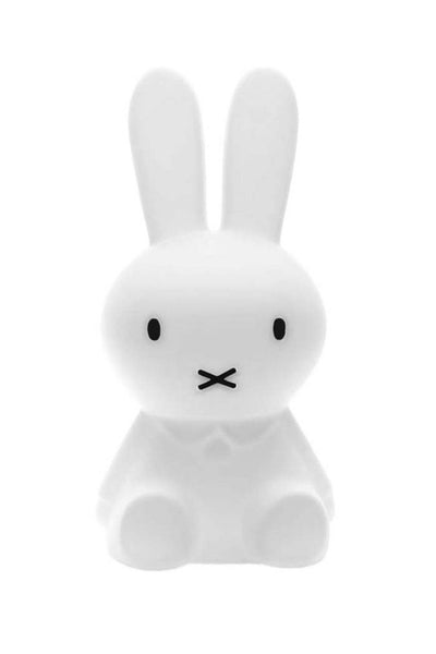 Miffy lamp from lilspaces.com