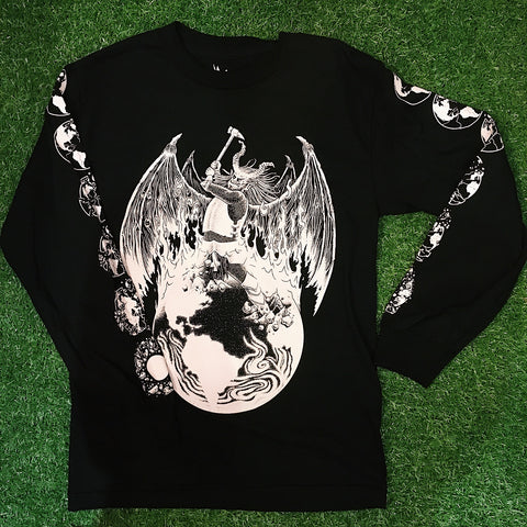 'Between The Hammer' Long Sleeve Tee
