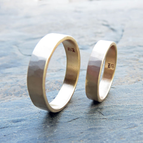 Hammered Gold Wedding Band Set in Yellow or Rose Gold: Matching Wide, Flat 6mm and 4mm Rings