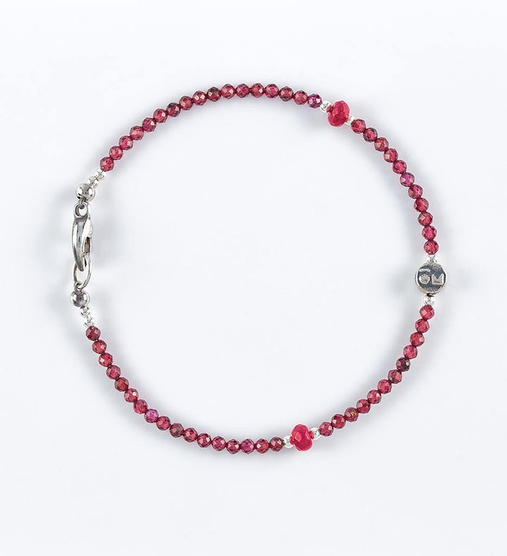 bracelet, faceted garnet, faceted red ruby