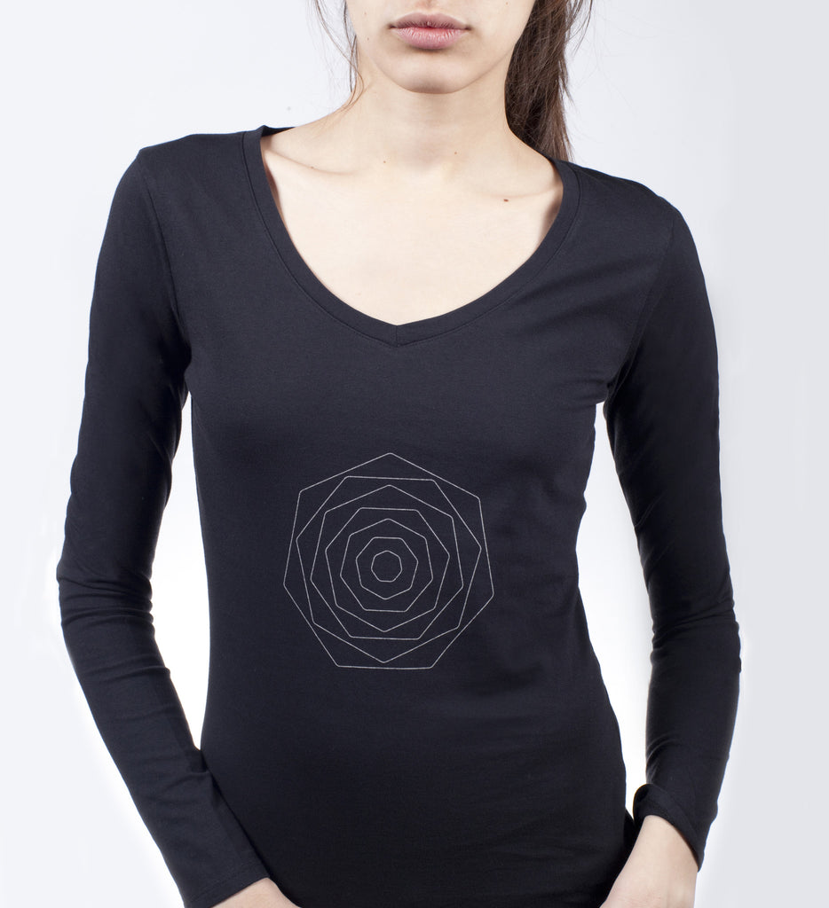 d5ad3f0c198b Black Small Flower Long Sleeve Tee – Modern ŌM