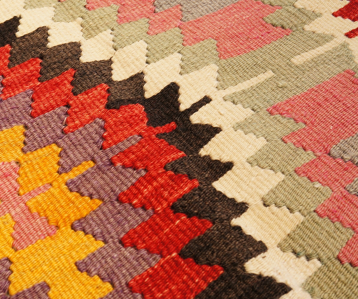 Welcome Quality Hand Made Area Rugs At Below Industry Prices