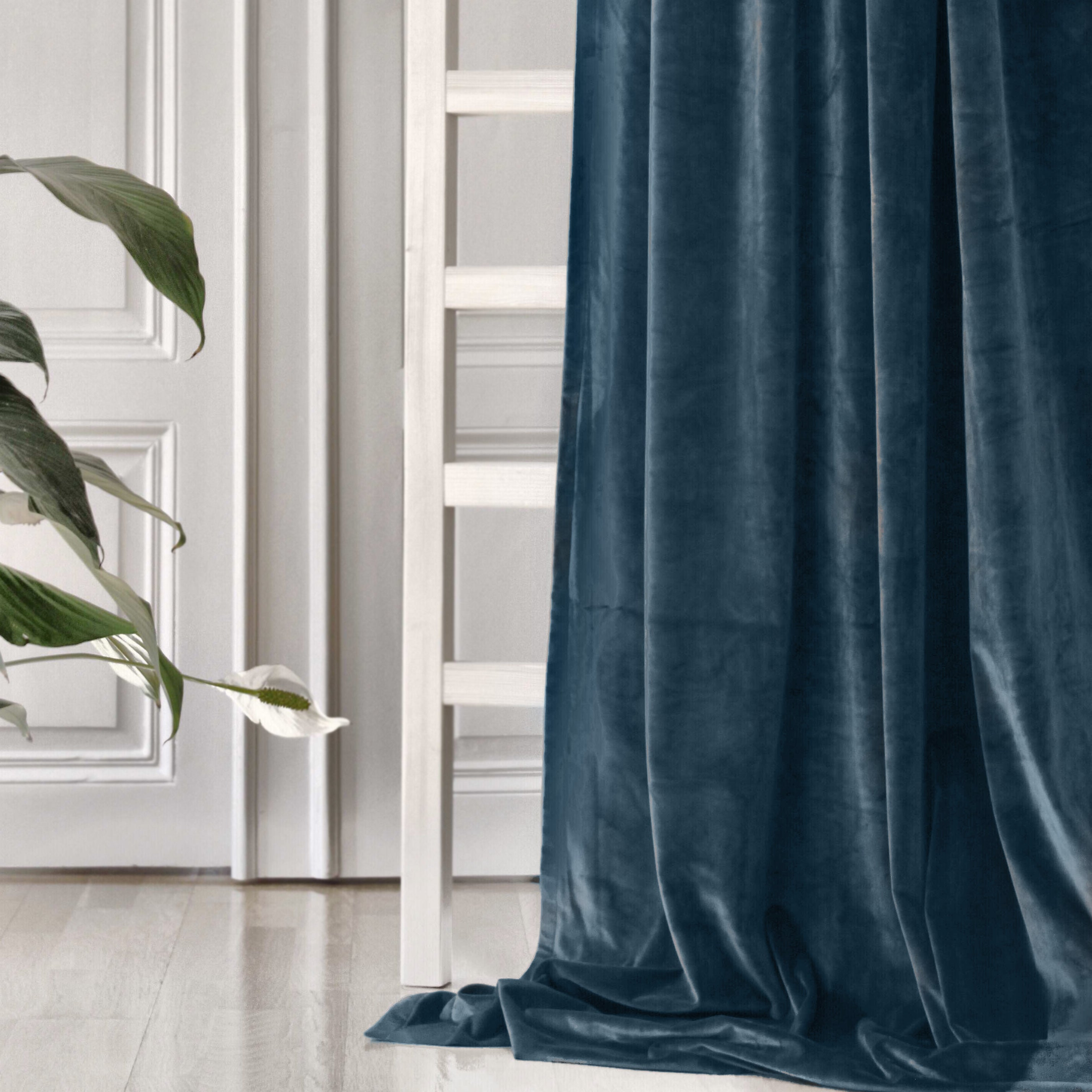 Gotain petrol velvet curtain