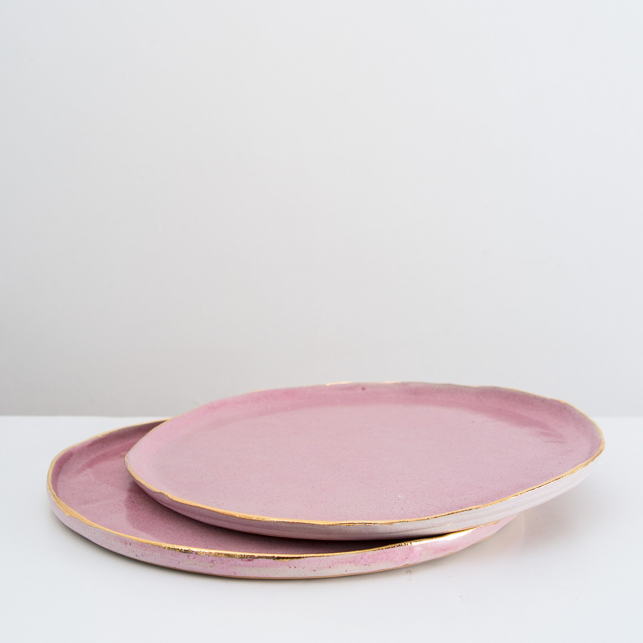 Handmade plate with 24 carat gold