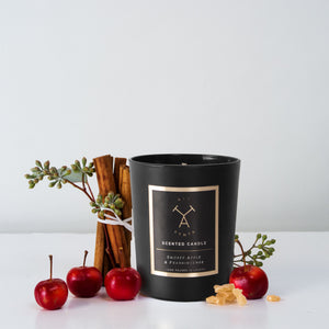 Smokey apple & Frankincense scented candle