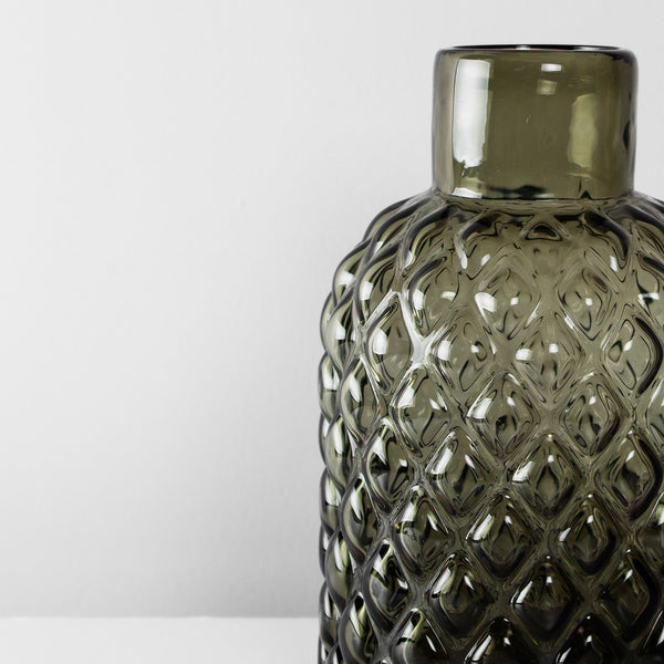 Glass structure vase