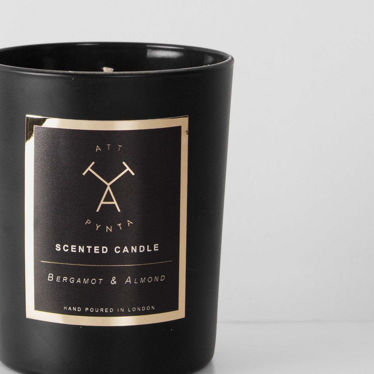Bergamot & Almond scented candle