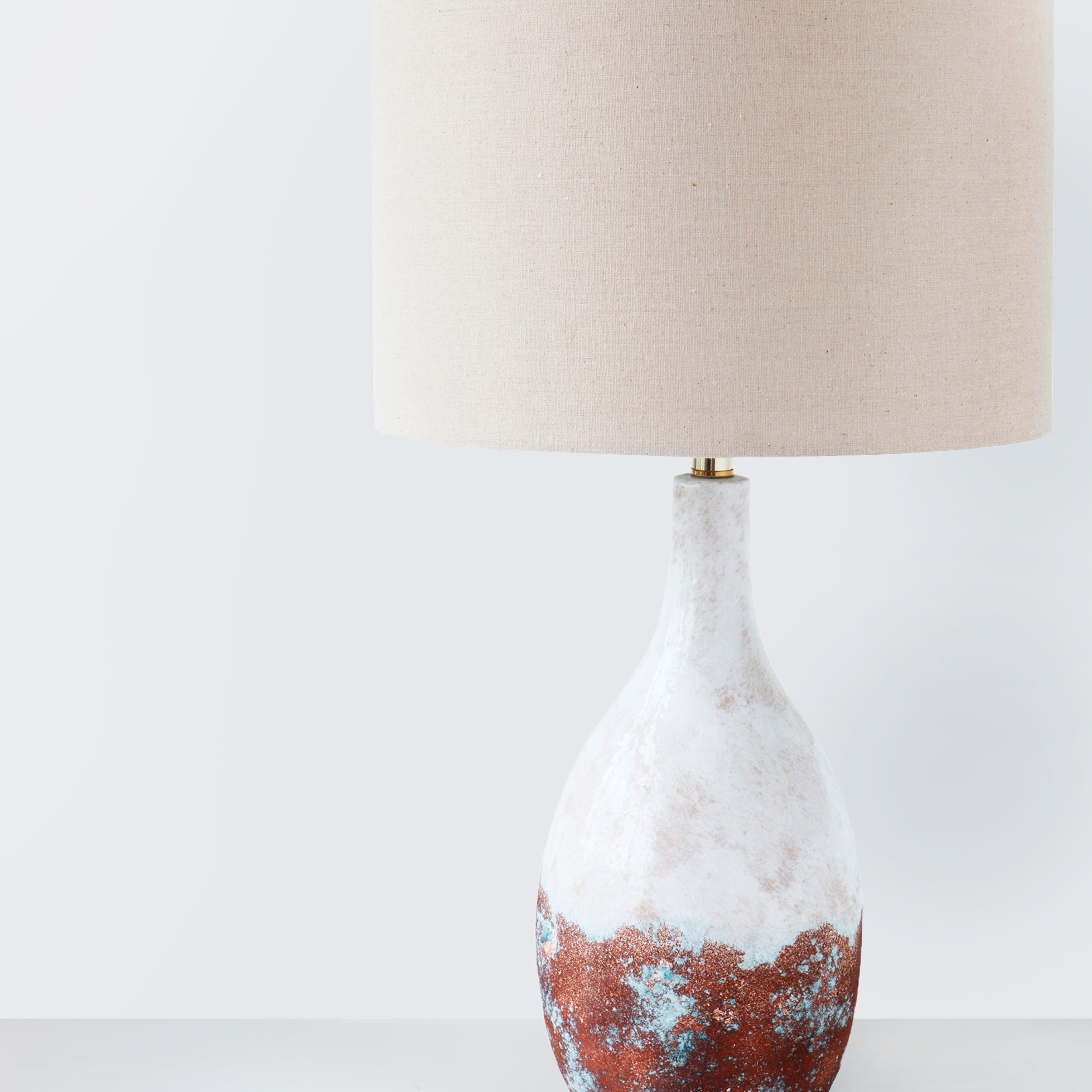 Ceramic table lamp with linen lampshade (last 1)