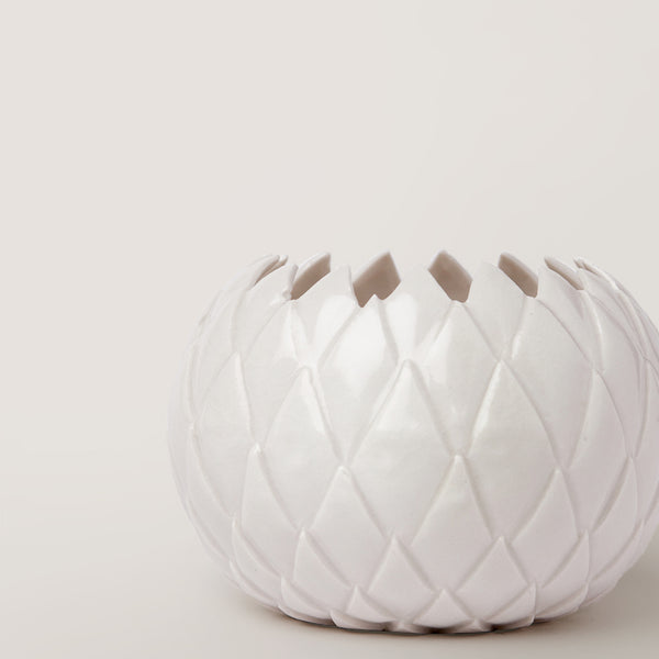 Handmade Thistle bowl in gloss white by Caro Gates