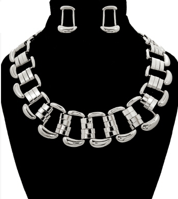 Modern Edge's Necklace & Earrings Set