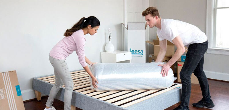 unboxing Leesa mattress