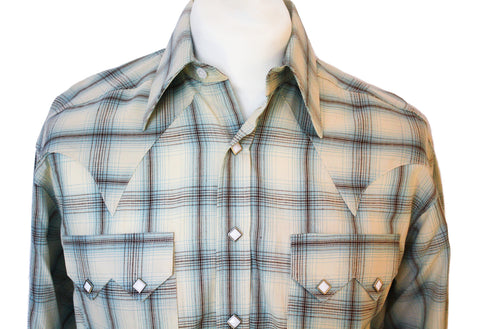 Rockmount Blue and White Plaid/Checked Western Cowboy Shirt Close Up