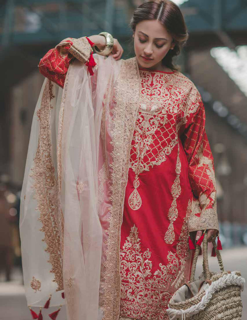 Carnation Luxury Lawn Collection by Rang Rasiya – Design 149B