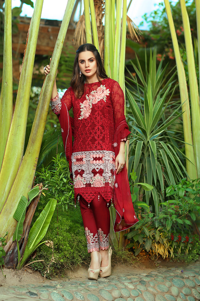 Rangreza Embroidered Chiffon Collection by Emaan Adeel – Fierce Crimson