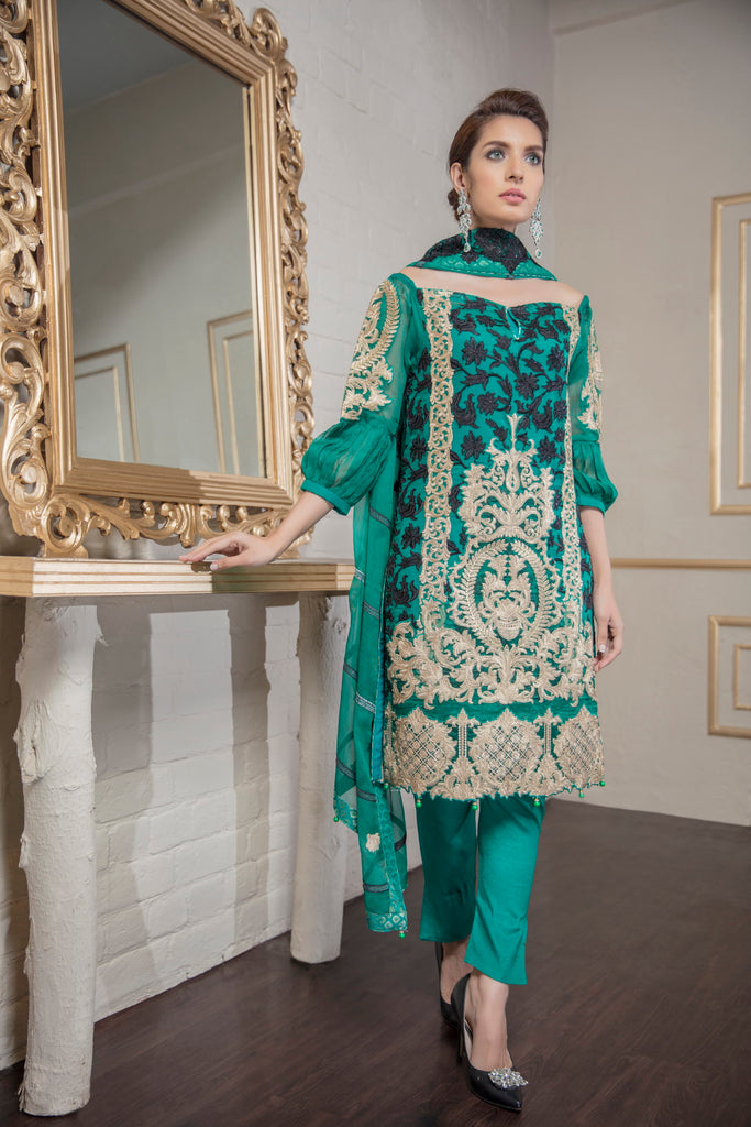 Eshaal Embroidered Luxury Chiffon Collection by Emaan Adeel – A La Mode