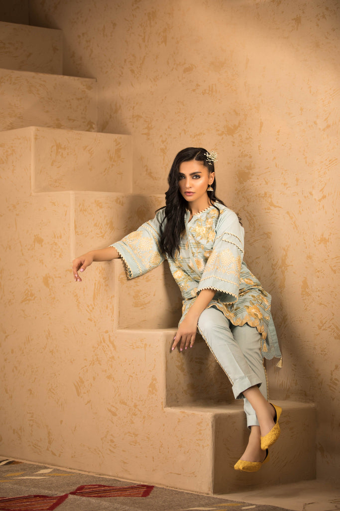 Sapphire Naqsh Dar Lawn Eid Collection Vol-V – Rosa B