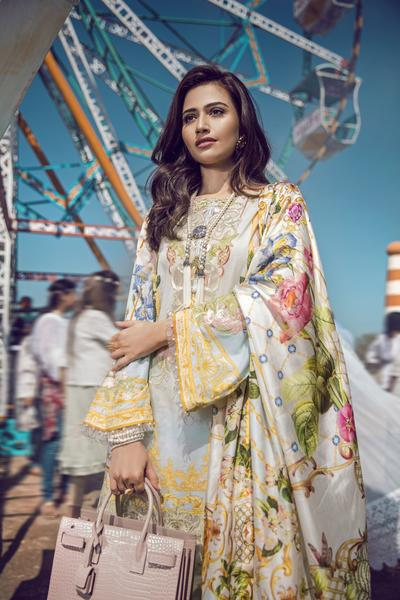 Epoque X Suffuse Lawn 2018 by Sana Yasir – Vintage Bloom