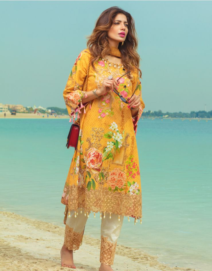 Rang Rasiya Carnation Lawn Collection 2018 – 1015 A
