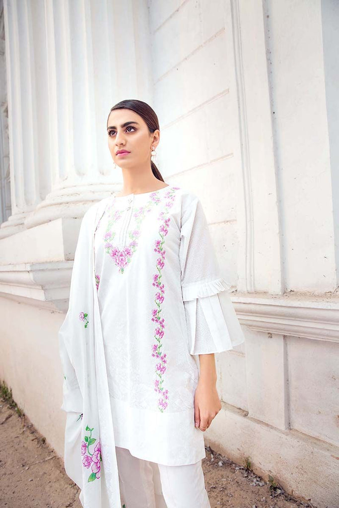 Gul Ahmed Summer Essential Collection 2018 – White 3 Pc Embroidered Lawn CL-375 A