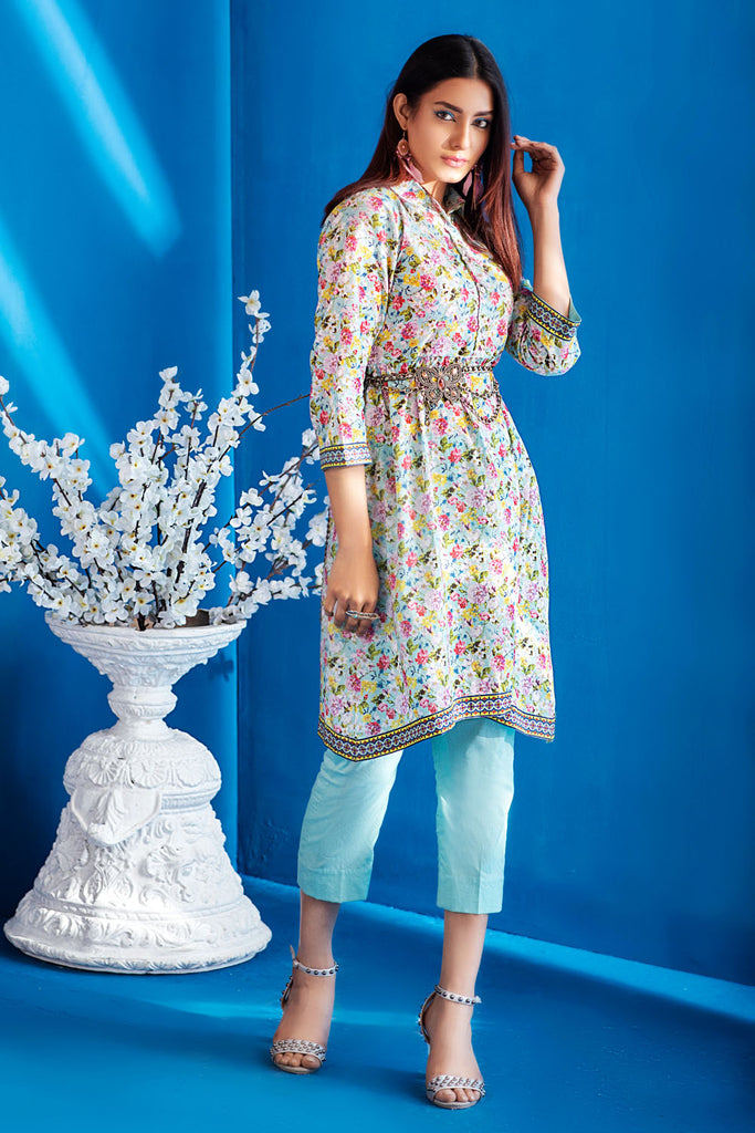 Gul Ahmed Summer Basic Lawn 2021 · 1PC Unstitched Digital Printed Lawn Shirt SL-932 A