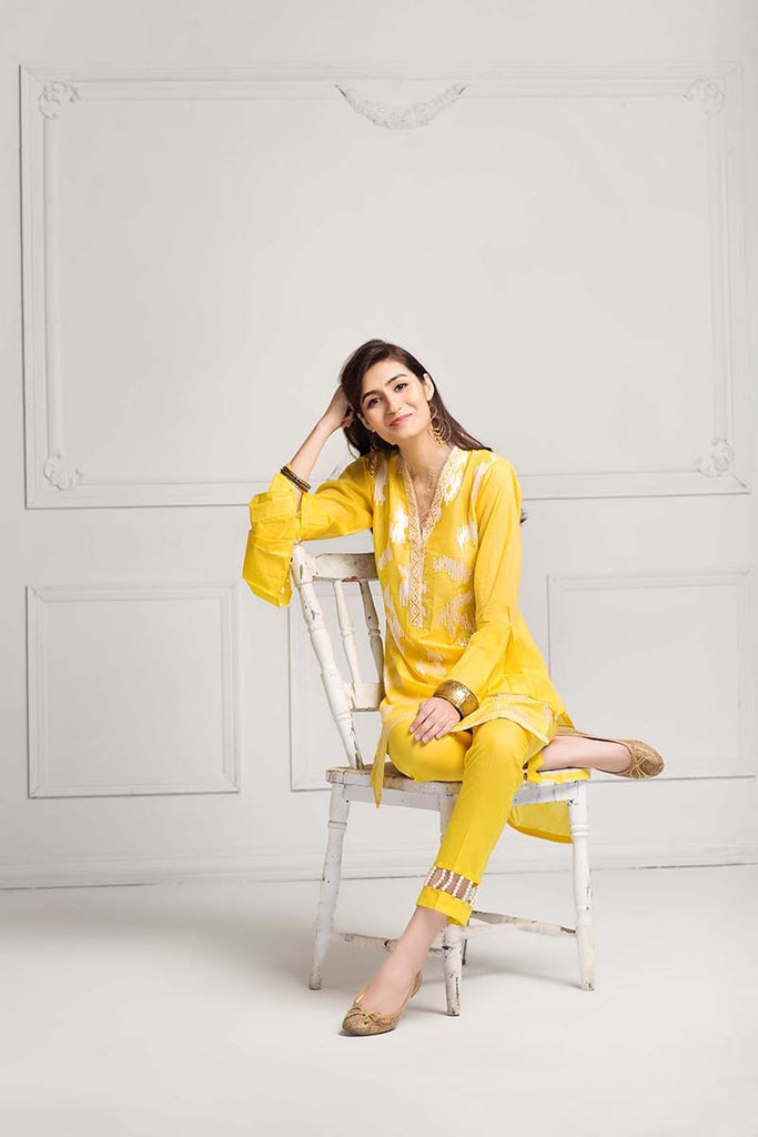 Gul Ahmed Summer Essential Collection 2018 – Yellow 2 Pc Embroidered Lawn TL-131