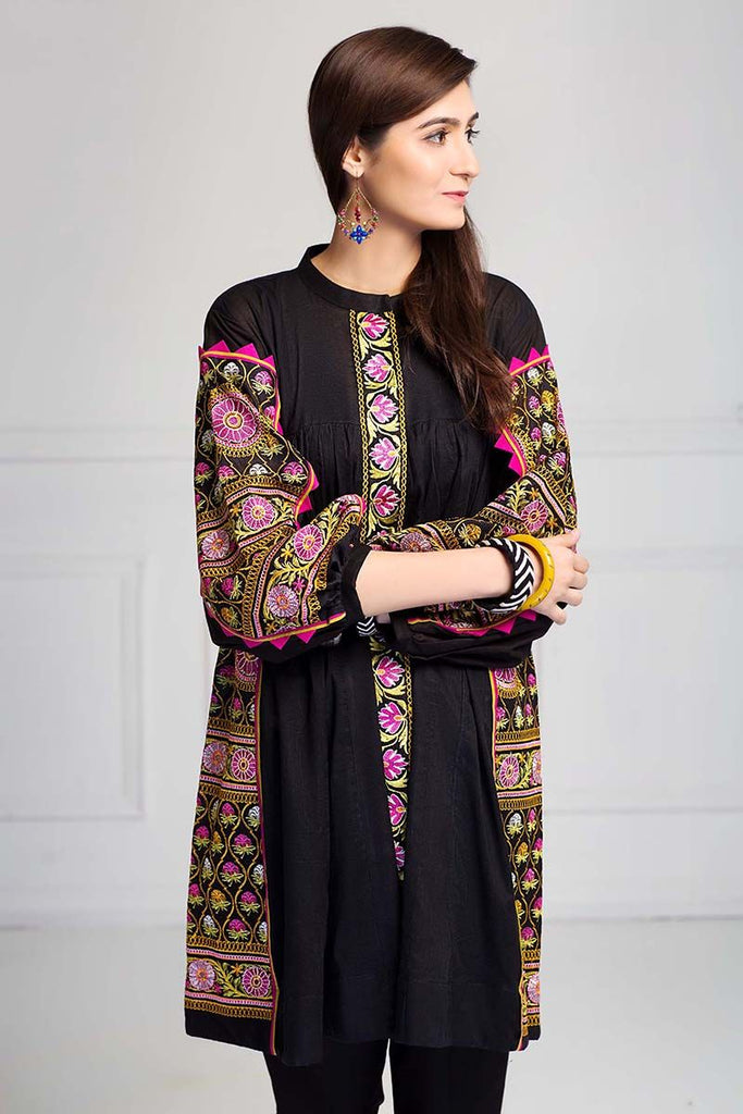 Gul Ahmed Summer Essential Collection 2018 – Black 2 Pc Embroidered Lawn TL-134