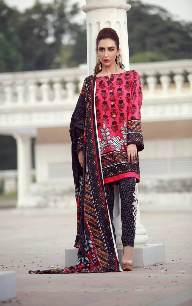 La Moderno by Lala - Embroidered Khaddar Wool Shawl Collection – 08B - YourLibaas  - 1
