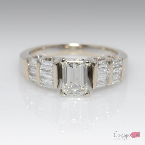 18K White Gold Emerald Cut Diamond Ring - Size 5.5