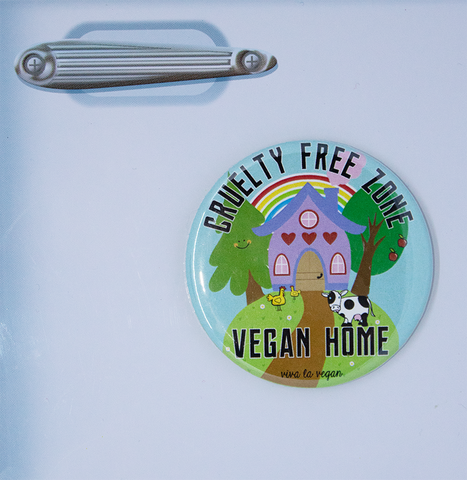 Vegan Magnet : Cruelty Free Zone, sold by ethical fashion brand Viva La Vegan.