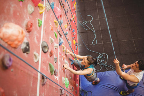 10 Ways to Get Your Friends Hooked on Climbing
