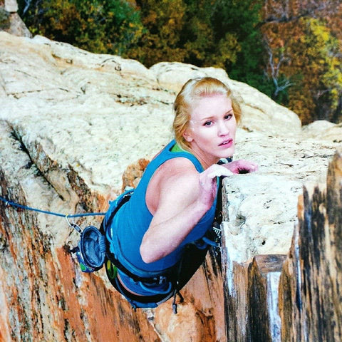 Alyse Dietel climbing outside in Arizona