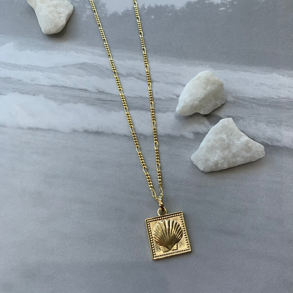 Shell Square Pendent