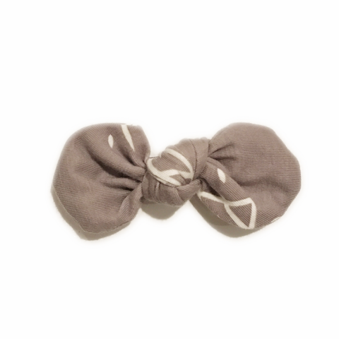 Knotted Bow Clip, Taupe Tiles