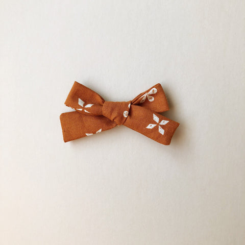 The Everyday Bow, Rust Floral