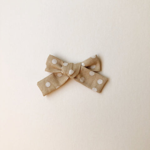The Everyday Bow, Neutral Dots
