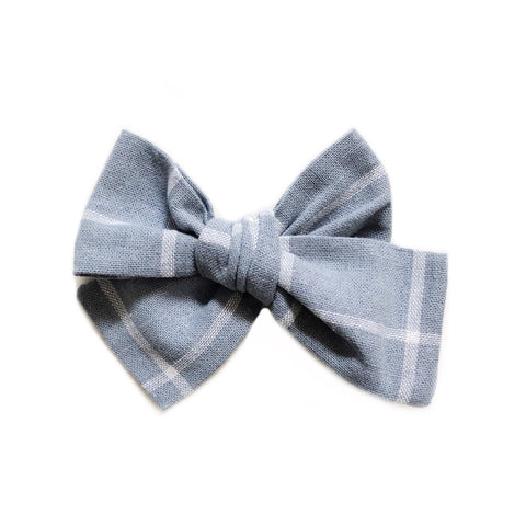 The Willow Bow, Chambray Lines