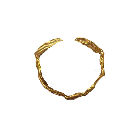 crab-bangle-gold-designed-by-alexandra-koumba