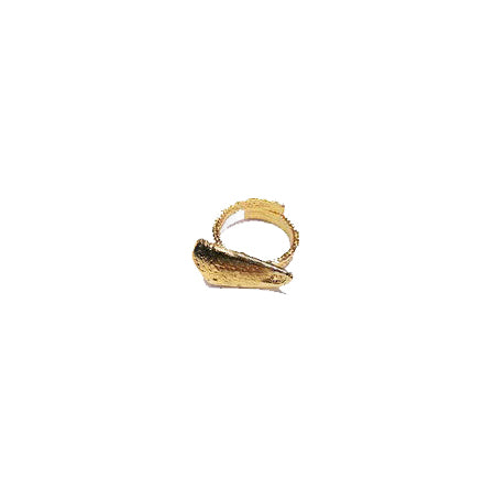 crab-pinky-ring-gold-designed-by-alexandra-koumba